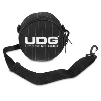 138.319_ULTIMATE_HEADPHONE_BAG_03_opt